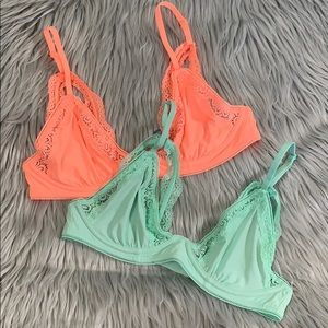 2 Aerie Unlined triangle lace bras 34B like new
